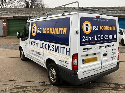 https://www.rjlocksmith.co.uk/ website