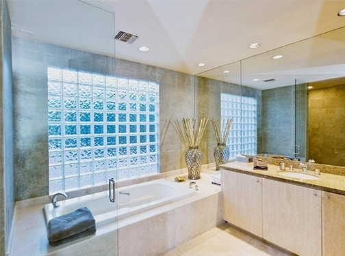 https://www.bathroomremodeldayton.net/ website